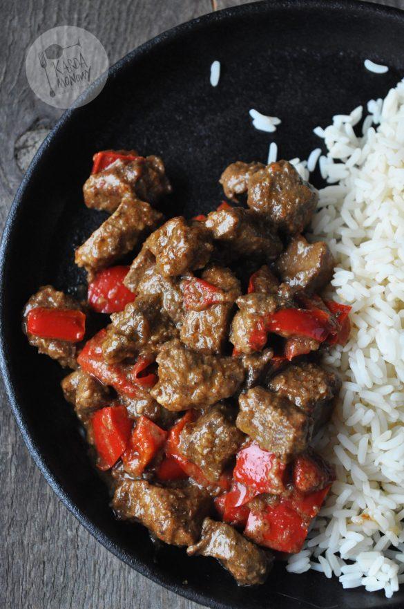 Wieprzowina Vindaloo z papryką z ryżem