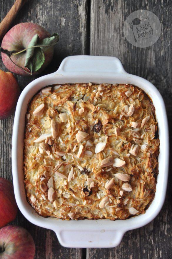 Płatki ryżowe pieczone z jabłkami i migdałami