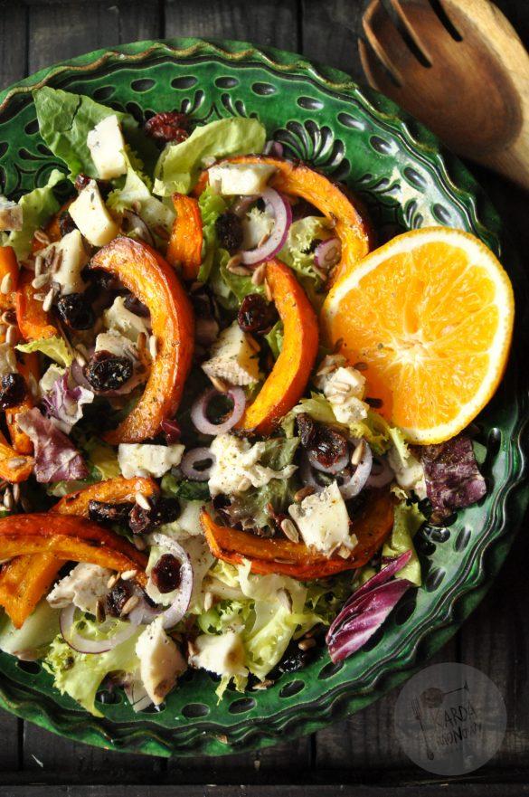 Sałatka z pieczoną dynią i gorgonzolą