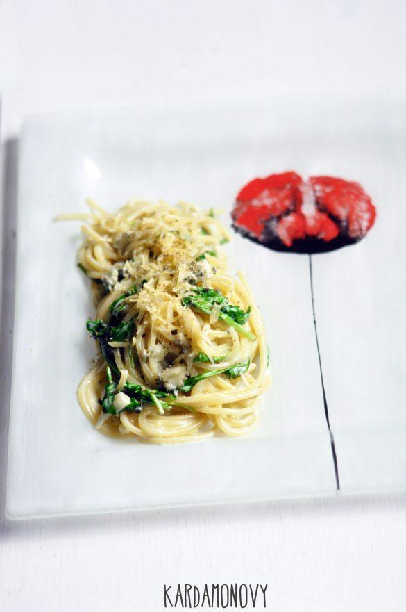Spaghetti 3 sery z rukolą